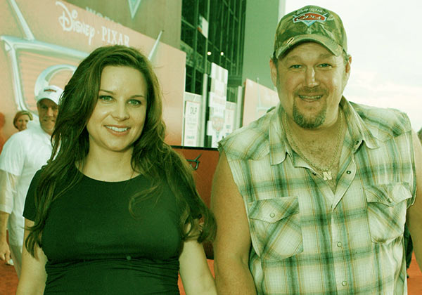Image of Cara husband Larry the cable guy net worth