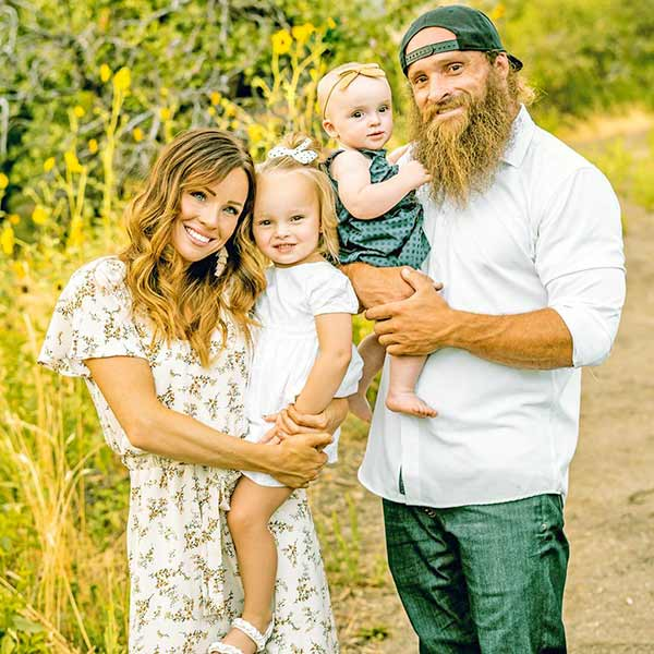 Image of Diesel Dave with wife Susan along with kids