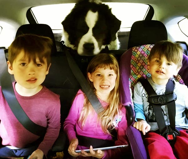 Image of Dr. Emily Thomas kids India (daughter) and Clavin and Oscar (son)