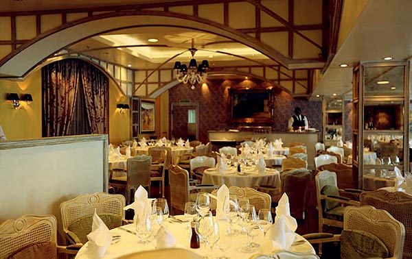 Image of Jacques Pepin restaurant Oceania Cruise Lines