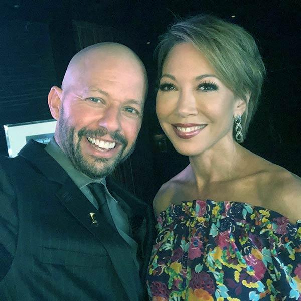 Image of Lisa Joyner with her husband Jon Cryer